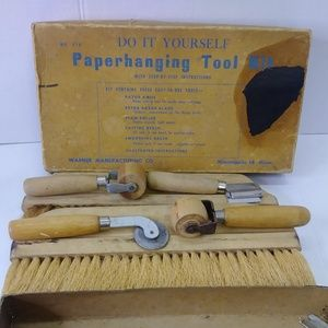 Vintage Do-it Yourself Paperhanging Tool Kit